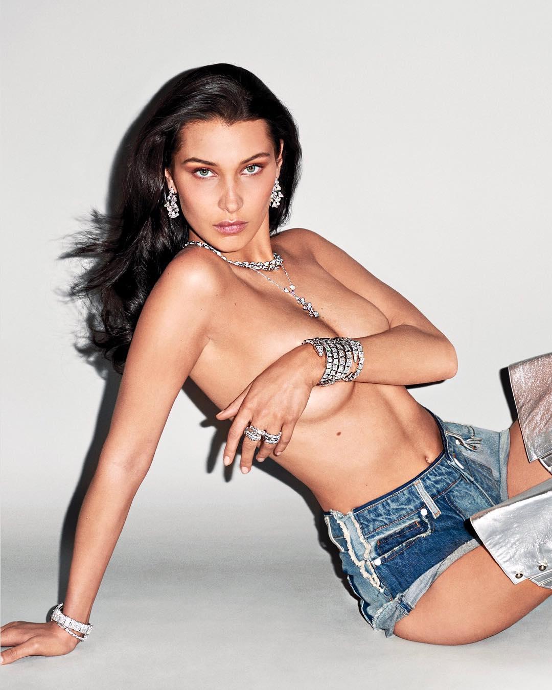 Hasil gambar untuk bella hadid nude poses